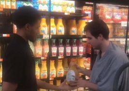 Increíble gesto de un vendedor a joven con autismo