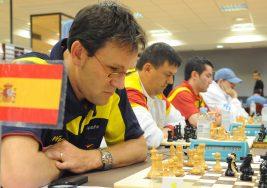 Ocho ajedrecistas ciegos, a la conquista del Open Internacional de Almansa