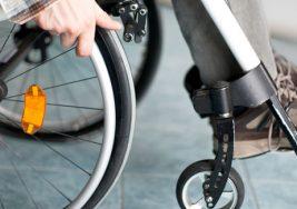 Se trata de un sistema de navegación para controlar el movimiento de una silla de ruedas en cuatro direcciones a partir de un sólo botón