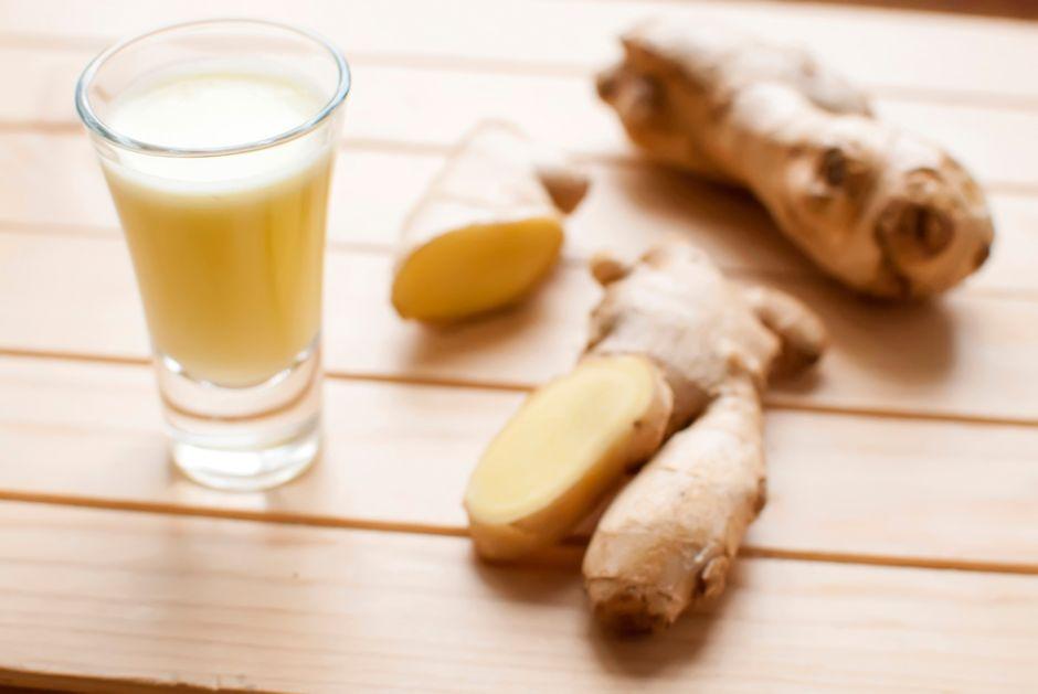 3 beneficios de beber shots de jengibre en ayunas para la salud