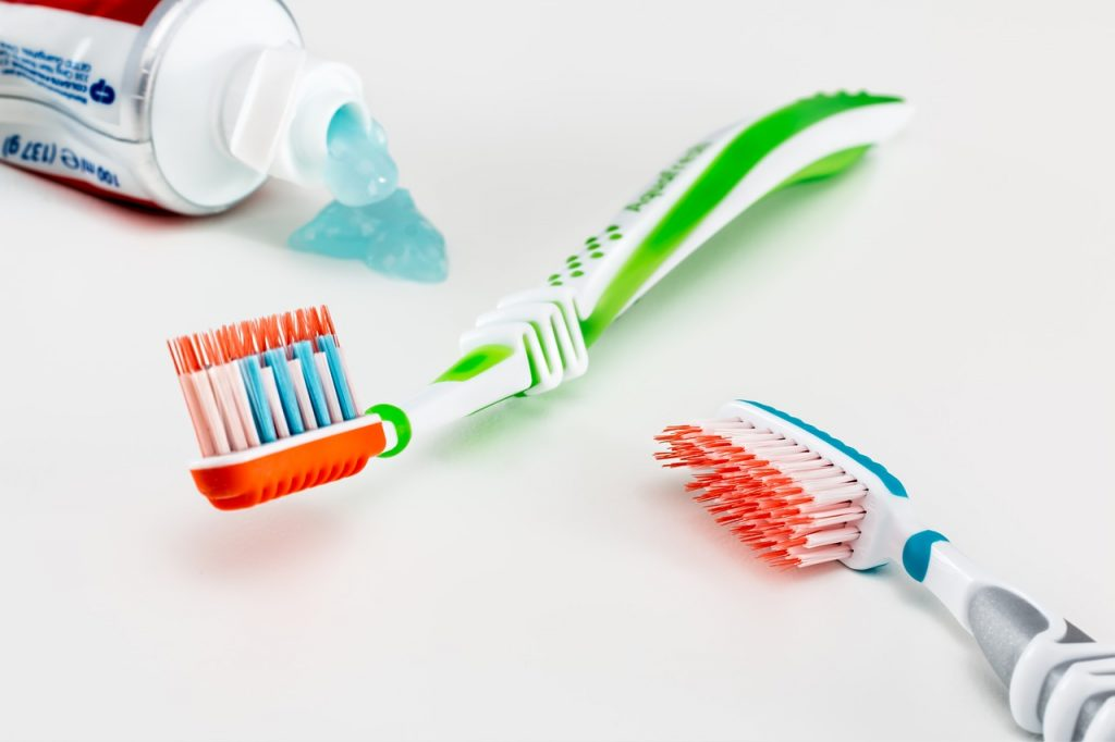 Cinco consejos para cuidar tus dientes en el trabajo