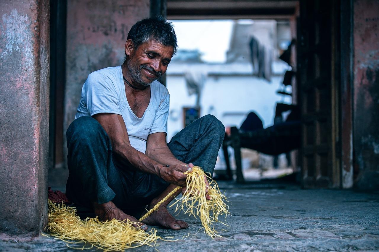 Hombre trabajando