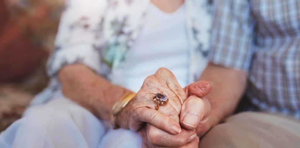 Primeros síntomas, poco conocidos, de esclerosis múltiple en la mujer