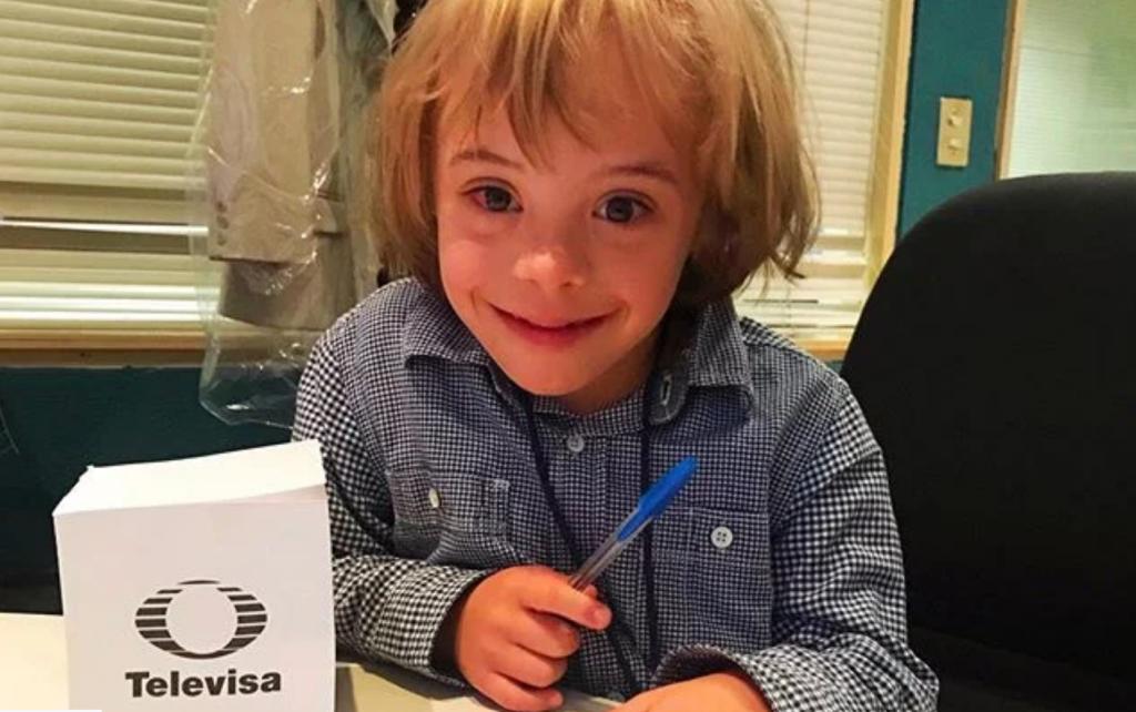 """Él es Mathias, el niño con Síndrome de Down que actúa en """"Cuna de Lobos"""""""
