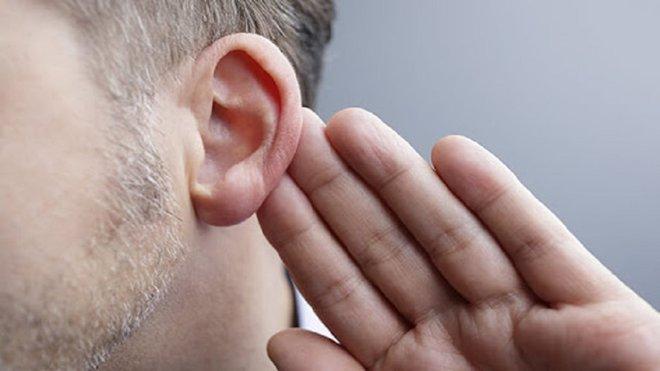 Un estudio alerta de que el coronavirus puede causar sordera en algunos pacientes