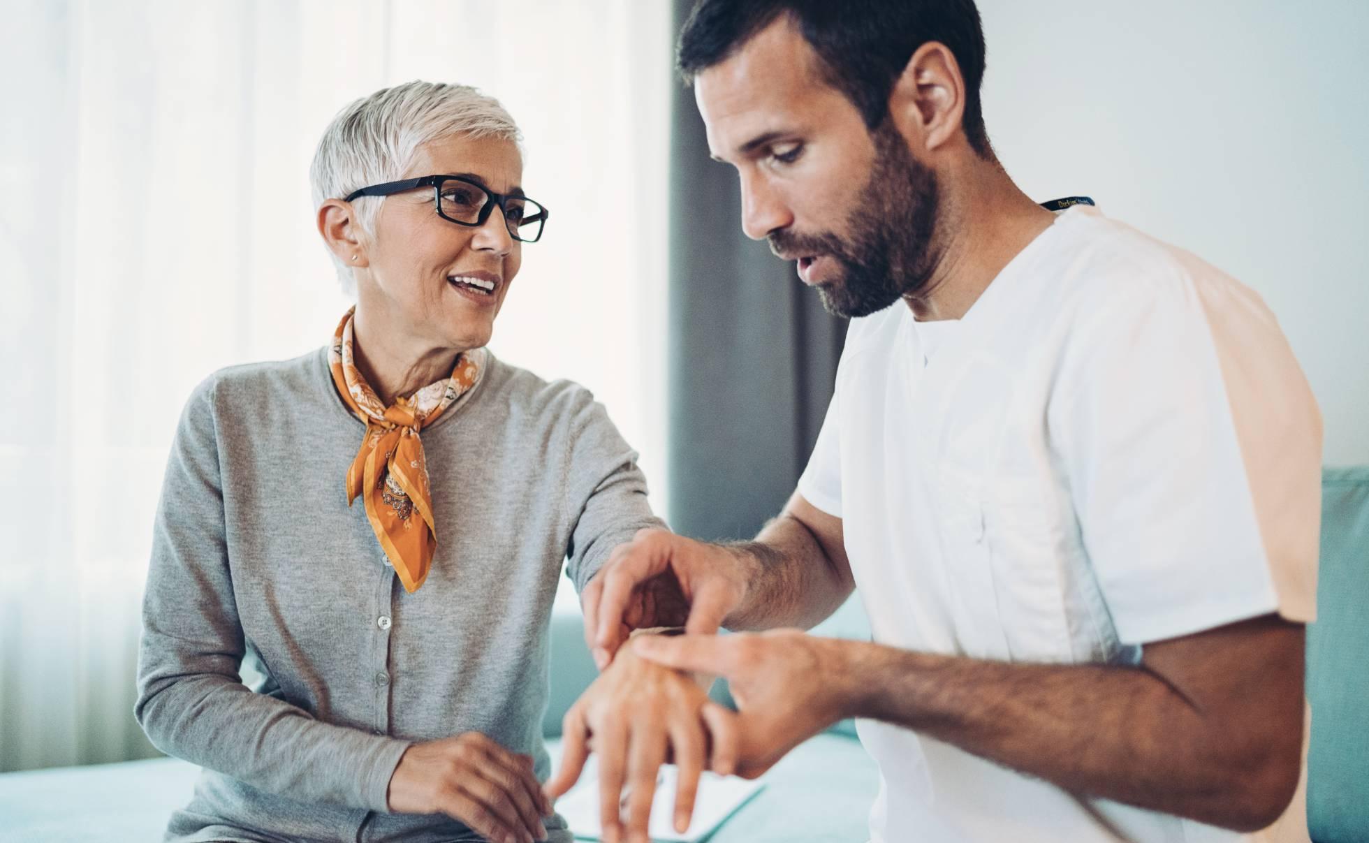 Llegan nuevas terapias que atacan la raíz de la artritis reumatoide