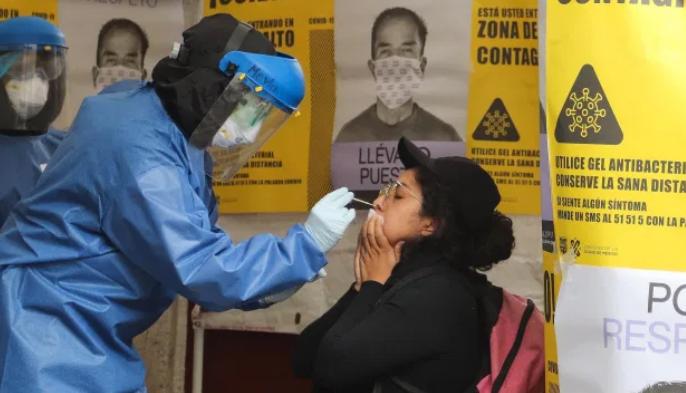 Joven mexicano se hizo prueba rápida de covid y se suicidó por un resultado falso positivo