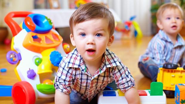 El valor educativo de los juguetes sencillos para los pequeños