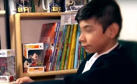 Niño con parálisis no sabe si volver a clases; educación en línea lo benefició